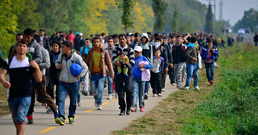 Sarrazin wettert gegen die Flüchtlingspolitik