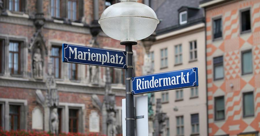 Warum viele bayrische Straßen neue Namen bekommen