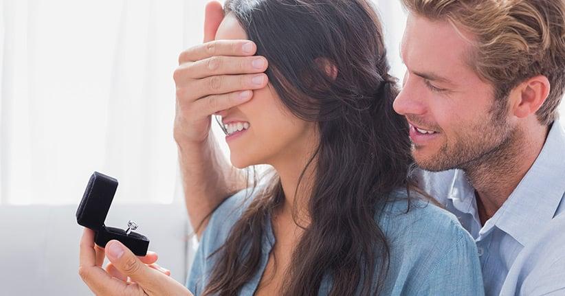 Die Amerikaner und die Sucht nach dem Verlobungsring