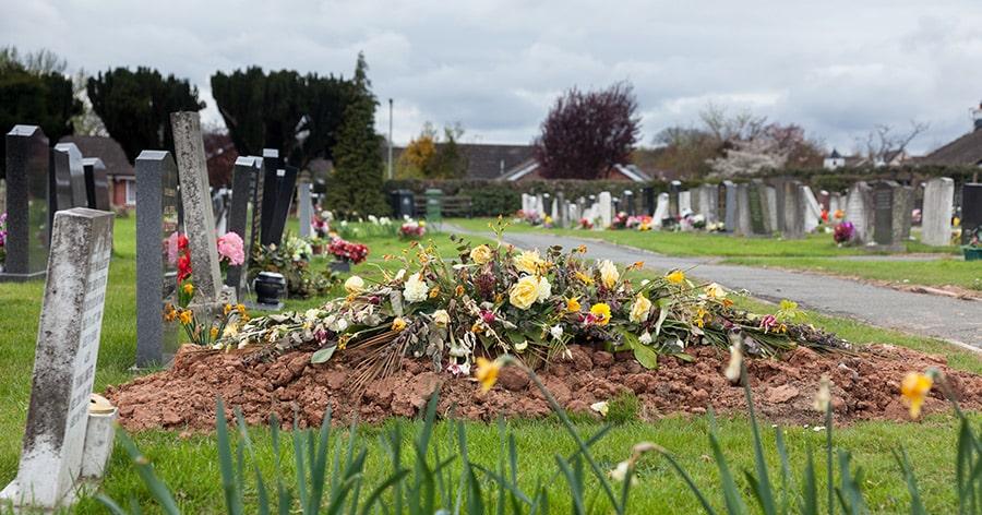 Sterben die Friedhöfe in Deutschland aus?
