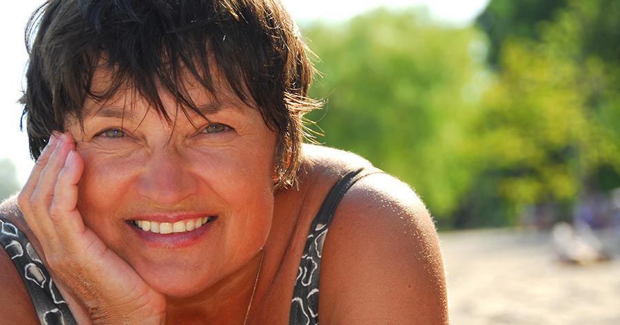 Schön am Strand – wie man sich auch in höherem Alter gut in Szene setzen kann