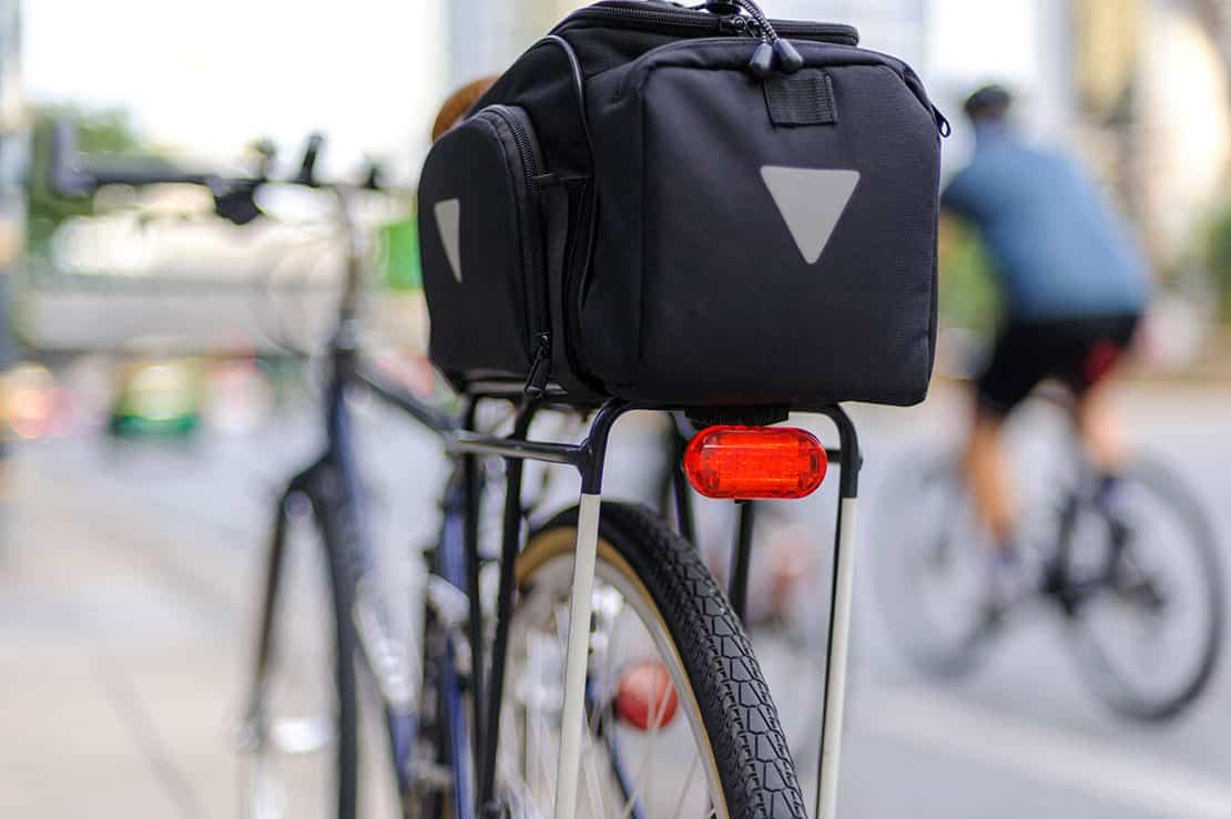 Fahrrad Gepäckträger finden und die schöne Jahreszeit genießen