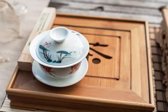 Chinesischer Gaiwan - eine besondere Art Tee zuzubereiten