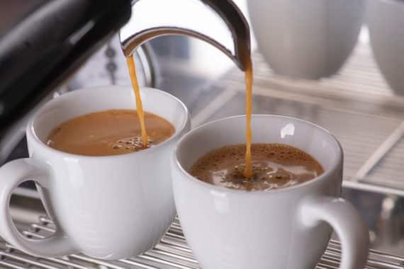 Pads oder Kapseln – welche Maschine macht den besseren Kaffee?