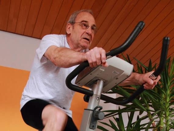 Ist ein Ergometer für Senioren ein sinnvolles Fitnessgerät?