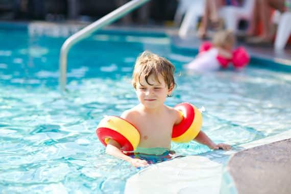 Schwimmbäder und Thermen haben wieder geöffnet