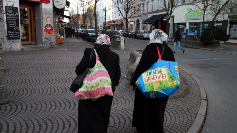 Verfassungsschutz erwartet IS-Rückkehrer - Ein Drittel Frauen