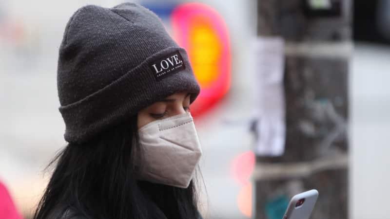 RKI meldet 15145 Corona-Neuinfektionen - Inzidenz steigt auf 100